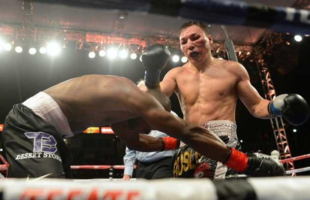逆転KOを狙うルスラン・プロボドニコフ